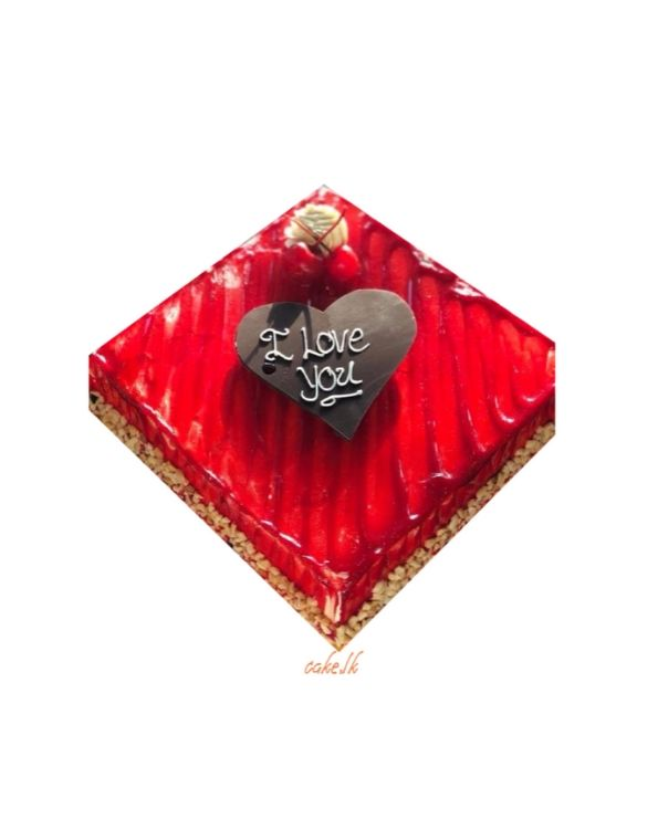 Red Gateaux Cake 1.5kg