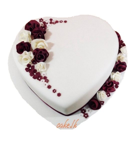 Heart Cake with Roses 1.5Kg